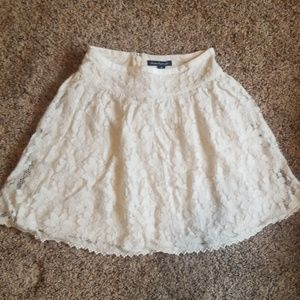 American Eagle Lace Skirt Size 00